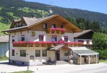 Irma bar garni affittacamere Villabassa Alta Pusteria Val Pusteria Dolomiti Alto Adige camera sistemazione soggiorno vacanza Kurpark natura estate inverno escursioni sci da fondo mountainbike alpi